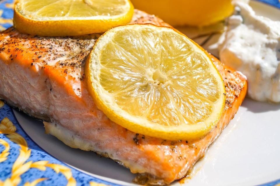 salmon-2222554_960_720.jpg