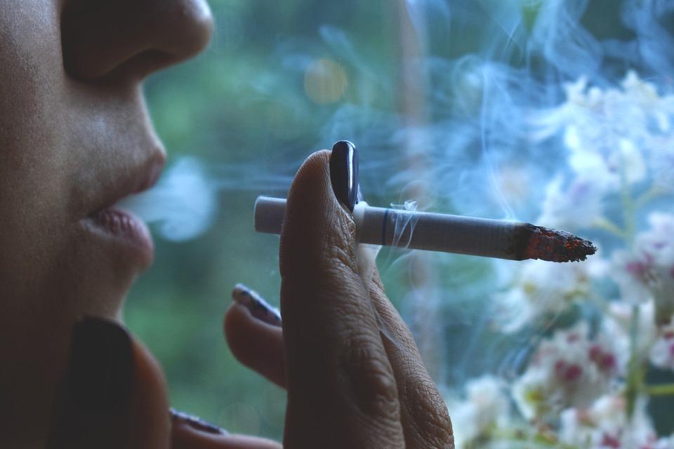 smoke-2326318_960_720.jpg